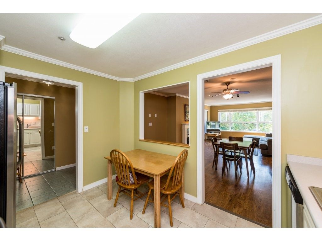"""Photo 9: Photos: 201 9626 148TH Street in Surrey: Guildford Condo for sale in """"Hartfood Woods"""" (North Surrey)  : MLS®# R2329881"""