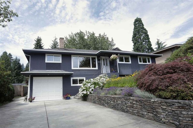 FEATURED LISTING: 923 PLYMOUTH Drive North Vancouver