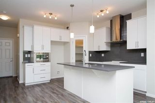 Photo 2: 307 Hassard Close in Saskatoon: Kensington Residential for sale : MLS®# SK733111