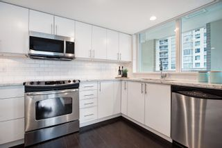 """Photo 4: 605 125 MILROSS Avenue in Vancouver: Downtown VE Condo for sale in """"Creekside"""" (Vancouver East)  : MLS®# R2618002"""