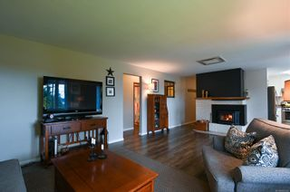 Photo 10: 665 Erickson Rd in : CR Willow Point House for sale (Campbell River)  : MLS®# 869146