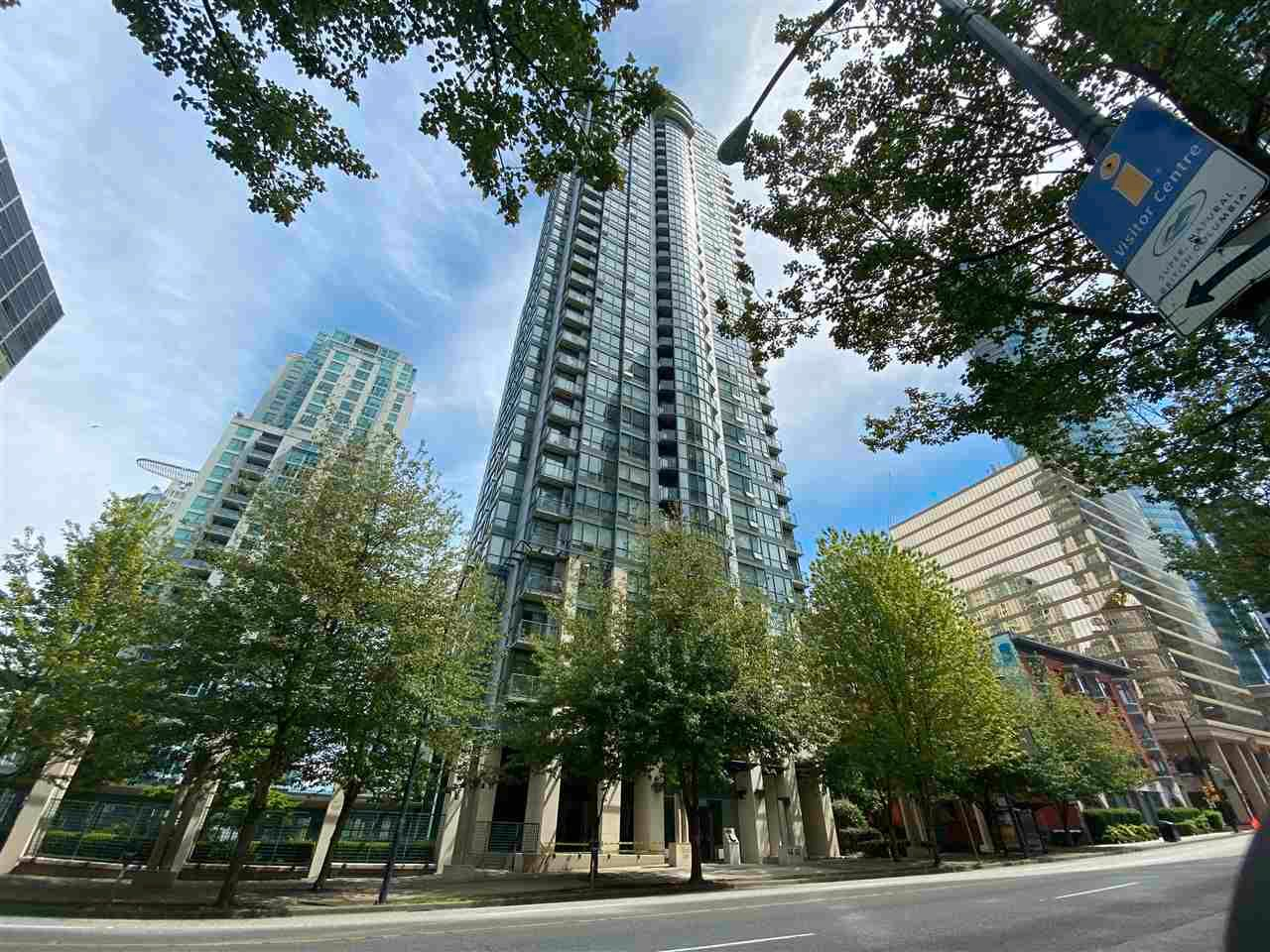 """Main Photo: 1201 1239 W GEORGIA Street in Vancouver: Coal Harbour Condo for sale in """"VENUS"""" (Vancouver West)  : MLS®# R2592499"""
