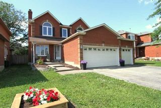 Photo 2: 170 W Livingstone Street in Barrie: West Bayfield House (2-Storey) for sale : MLS®# S4816605