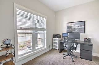 Photo 6: 444 Quarry Way SE in Calgary: Douglasdale/Glen Row/Townhouse for sale : MLS®# A1094767