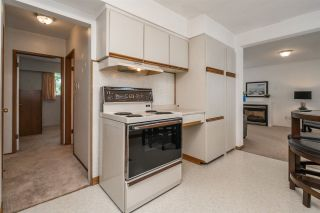 Photo 9: 739 LINTON Street in Coquitlam: Central Coquitlam House for sale : MLS®# R2206410