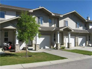 Photo 2: 159 CITADEL MEADOW Gardens NW in CALGARY: Citadel Townhouse for sale (Calgary)  : MLS®# C3490134