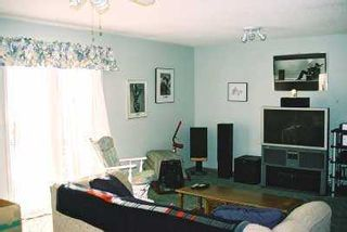 Photo 3:  in CALGARY: Martindale Residential Detached Single Family for sale (Calgary)  : MLS®# C3105090