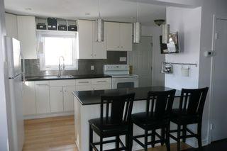 Photo 8: 536 Greenacre Blvd.: Residential for sale