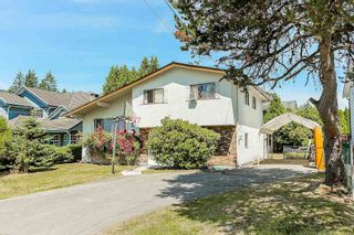 Photo 1: 589 THOMPSON Avenue in Coquitlam: Coquitlam West House for sale : MLS®# R2184128