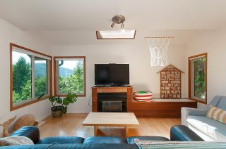 Photo 12: 4765 COVE CLIFF Road in North Vancouver: Deep Cove House for sale : MLS®# R2532923