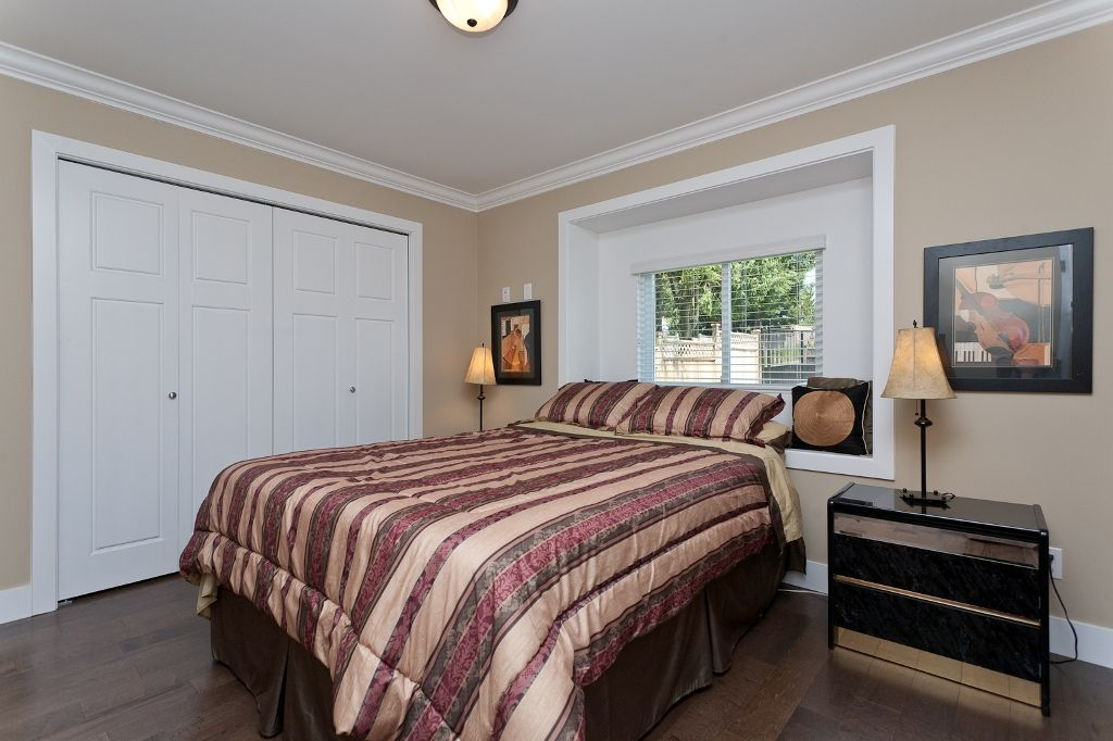 Photo 10: Photos: 369 MUNDY Street in Coquitlam: Coquitlam East House for sale : MLS®# V951722