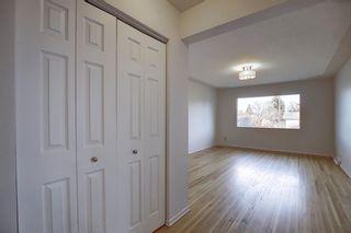 Photo 11: 809/811 45 Street SW in Calgary: Westgate Duplex for sale : MLS®# A1053886