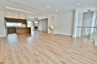 """Photo 5: 22 33209 CHERRY Avenue in Mission: Mission BC Townhouse for sale in """"Cherry Hill"""" : MLS®# R2381770"""