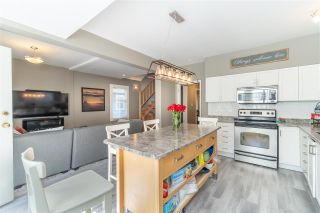 Photo 2: 2820 W 11TH Avenue in Vancouver: Kitsilano House for sale (Vancouver West)  : MLS®# R2570556