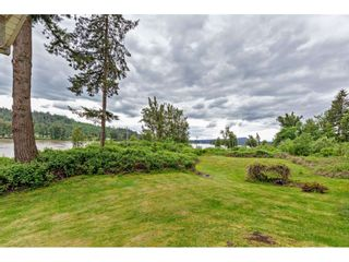 """Photo 1: 8511 MCLEAN Street in Mission: Mission-West House for sale in """"Silverdale"""" : MLS®# R2456116"""