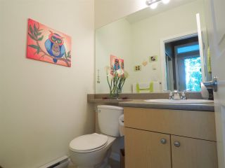 """Photo 15: 44 40632 GOVERNMENT Road in Squamish: Brackendale Townhouse for sale in """"Riverswalk"""" : MLS®# R2488805"""