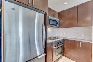 """Photo 7: 1007 2978 GLEN Drive in Coquitlam: North Coquitlam Condo for sale in """"Grand Central One"""" : MLS®# R2125381"""