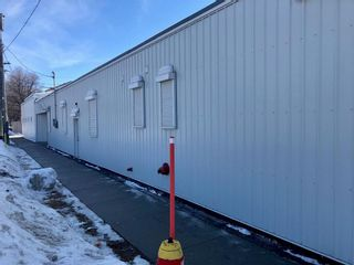 Photo 4: 981 Main Street in Winnipeg: Industrial / Commercial / Investment for sale or lease (4A)  : MLS®# 202011813