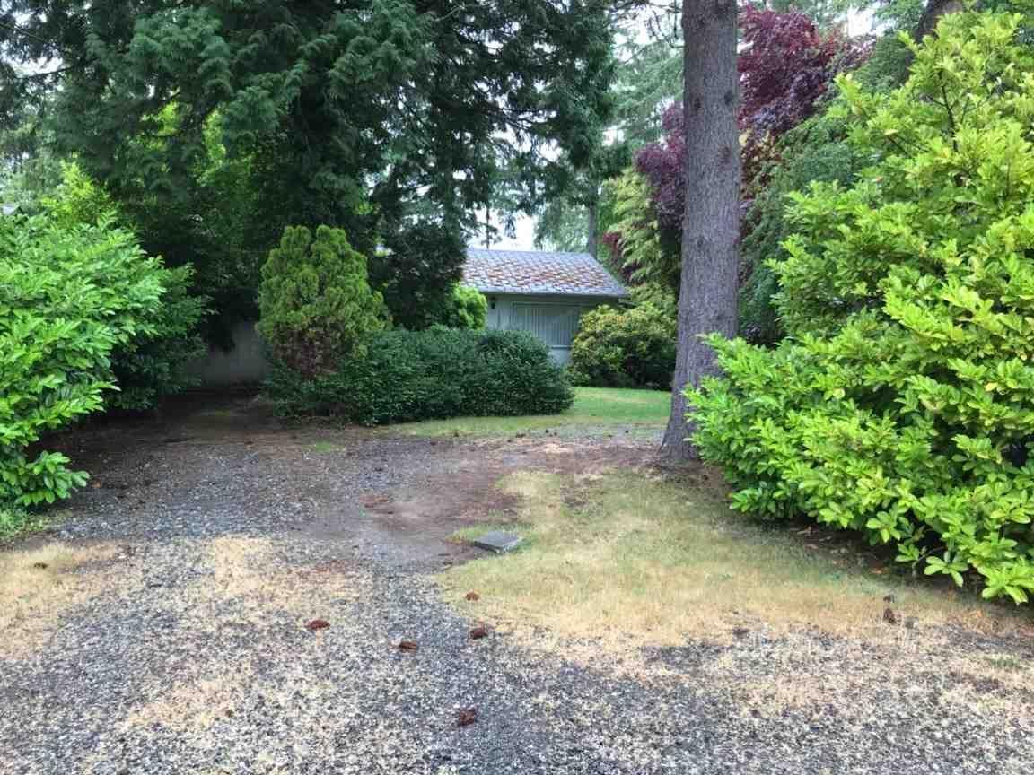 Main Photo: 12665 26 Avenue in Surrey: Crescent Bch Ocean Pk. House for sale (South Surrey White Rock)  : MLS®# R2528147