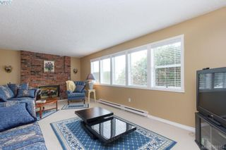 Photo 11: 8850 Moresby Park Terr in NORTH SAANICH: NS Dean Park House for sale (North Saanich)  : MLS®# 780144