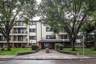 Photo 1: 406 727 56 AV SW in Calgary: Windsor Park Condo for sale : MLS®# C4137223