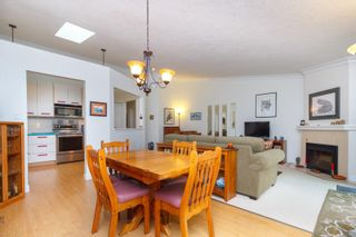 Photo 3: 93 2600 Ferguson Rd in : CS Turgoose Row/Townhouse for sale (Central Saanich)  : MLS®# 877819