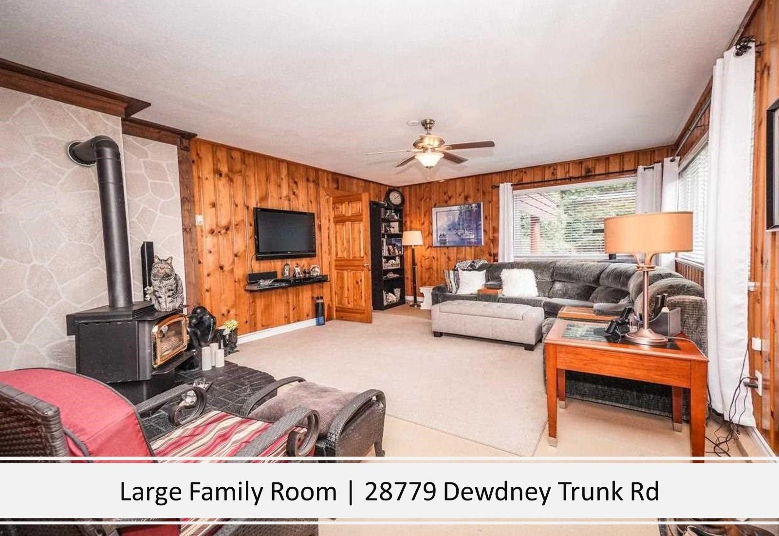 Photo 17: Photos: 28779 DEWDNEY TRUNK Road in Maple Ridge: Northeast House for sale : MLS®# R2597212