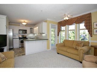 "Photo 10: 401 15340 19A Avenue in Surrey: King George Corridor Condo for sale in ""Stratford Gardens"" (South Surrey White Rock)  : MLS®# F1448318"