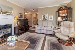 Photo 3: 303 835 Selkirk Ave in : Es Kinsmen Park Condo for sale (Esquimalt)  : MLS®# 886078