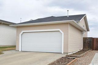 Photo 4: 411 Overholt Crescent in Saskatoon: Arbor Creek Residential for sale : MLS®# SK852557
