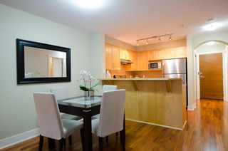 Photo 5: 104 1868 WEST 5TH AVENUE in GREENWICH: Home for sale