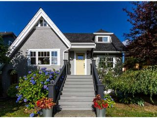 "Photo 1: 4741 BLENHEIM Street in Vancouver: Dunbar House for sale in ""DUNBAR"" (Vancouver West)  : MLS®# V1135108"