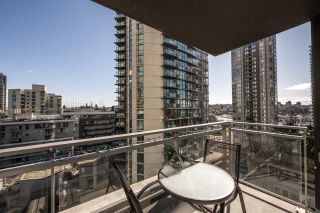 """Photo 10: 1007 1372 SEYMOUR Street in Vancouver: Downtown VW Condo for sale in """"The Mark"""" (Vancouver West)  : MLS®# R2554950"""