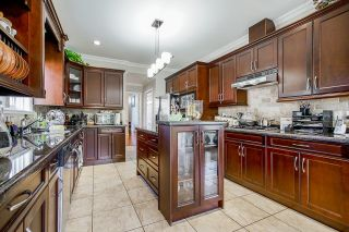 Photo 7: 6175 127A Street in Surrey: West Newton House for sale : MLS®# R2616840