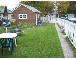 Photo 2: 341 KING EDWARD Street in WINNIPEG: St James Single Family Detached for sale (West Winnipeg)  : MLS®# 2716664