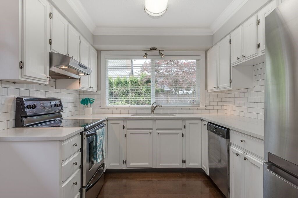 """Photo 11: Photos: 65 55A Street in Delta: Pebble Hill House for sale in """"Southpointe"""" (Tsawwassen)  : MLS®# R2274383"""