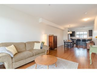 """Photo 5: 97 9525 204 Street in Langley: Walnut Grove Townhouse for sale in """"TIME"""" : MLS®# R2458220"""