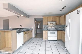 Photo 16: 766 Coral Springs Boulevard NE in Calgary: Coral Springs Detached for sale : MLS®# A1136272