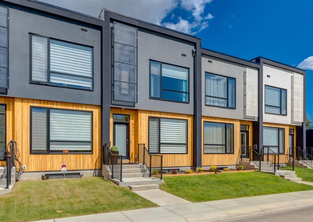 Main Photo: 5406 21 Street SW in Calgary: North Glenmore Park Row/Townhouse for sale : MLS®# A1119448