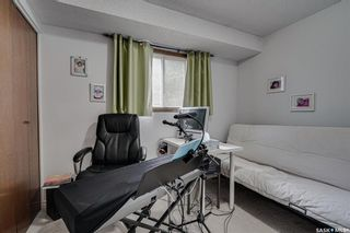 Photo 36: 182 Lakeshore Crescent in Saskatoon: Lakeview SA Residential for sale : MLS®# SK864536