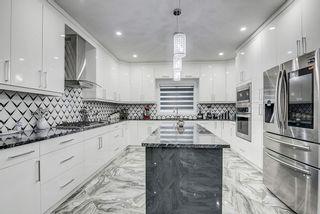 Photo 2: 2455 ASHCRAFT Crescent in Edmonton: Zone 55 House for sale : MLS®# E4233244