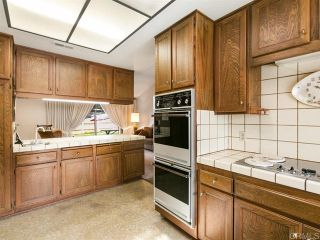 Photo 7: House for sale : 4 bedrooms : 2704 Crownpoint Place in Escondido