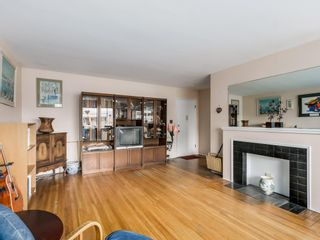 Photo 8: 206 1695 West 10th Ave in Sherwood Manor: South Granville Home for sale ()  : MLS®# R2084979