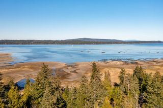 Photo 1: 8132 Macartney Dr in : CV Union Bay/Fanny Bay House for sale (Comox Valley)  : MLS®# 872576