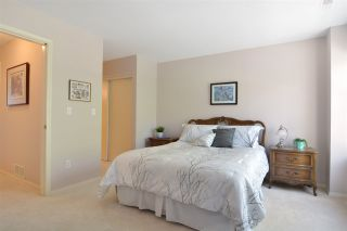"""Photo 13: 38 13706 74 Avenue in Surrey: East Newton Townhouse for sale in """"Ashlea Gate"""" : MLS®# R2094786"""