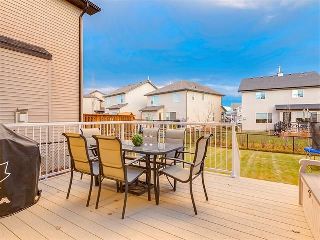 Photo 40: Photos: 40 COUGARSTONE Manor SW in Calgary: Cougar Ridge House for sale : MLS®# C4087798