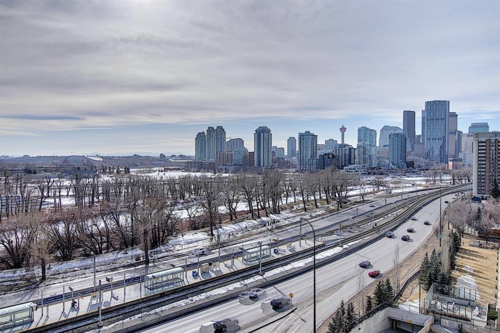 Main Photo: 1005 38 9 Street NE in Calgary: Bridgeland/Riverside Apartment for sale : MLS®# A1077953
