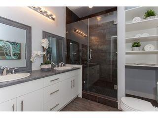 Photo 9: 11366-11370 MAPLE CRESCENT in Maple Ridge: Southwest Maple Ridge House for sale : MLS®# R2389937