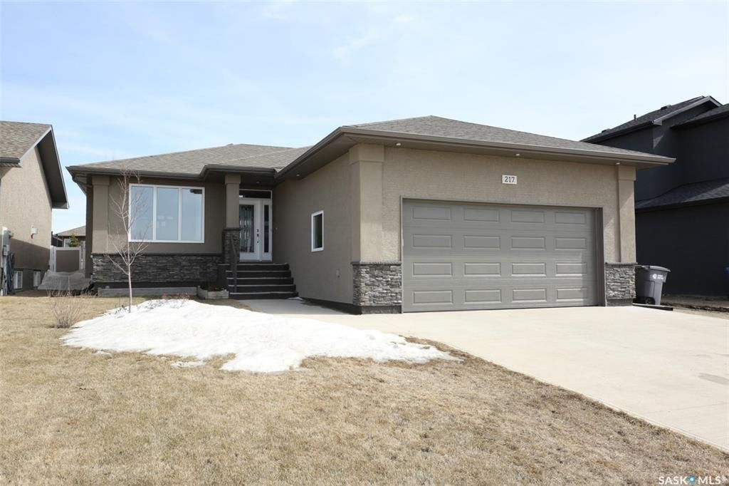Main Photo: 217 GREENALL Street in Balgonie: Residential for sale : MLS®# SK848754