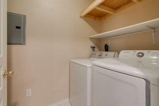 "Photo 18: 206 33478 ROBERTS Avenue in Abbotsford: Central Abbotsford Condo for sale in ""Aspen Creek"" : MLS®# R2403357"